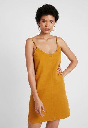 Denimové šaty - yellow