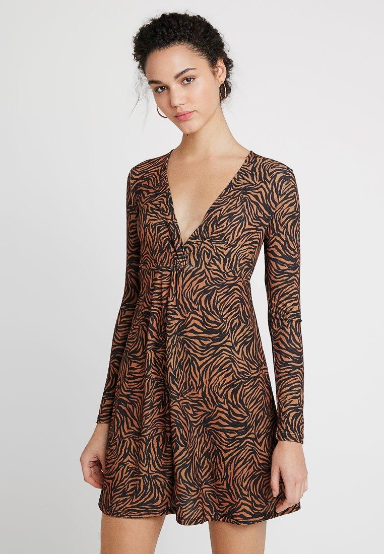 Even&Odd - Žerzejové šaty - light brown/black