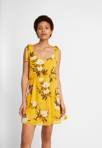 Even&Odd - Korte jurk - yellow - 0
