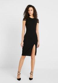Even&Odd - Koktejlové šaty/ šaty na párty - black - 0