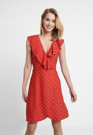Strikket kjole - white/red