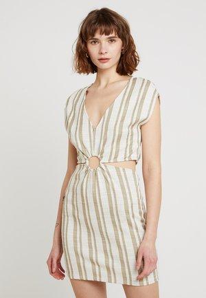 Vestido de punto - white/khaki