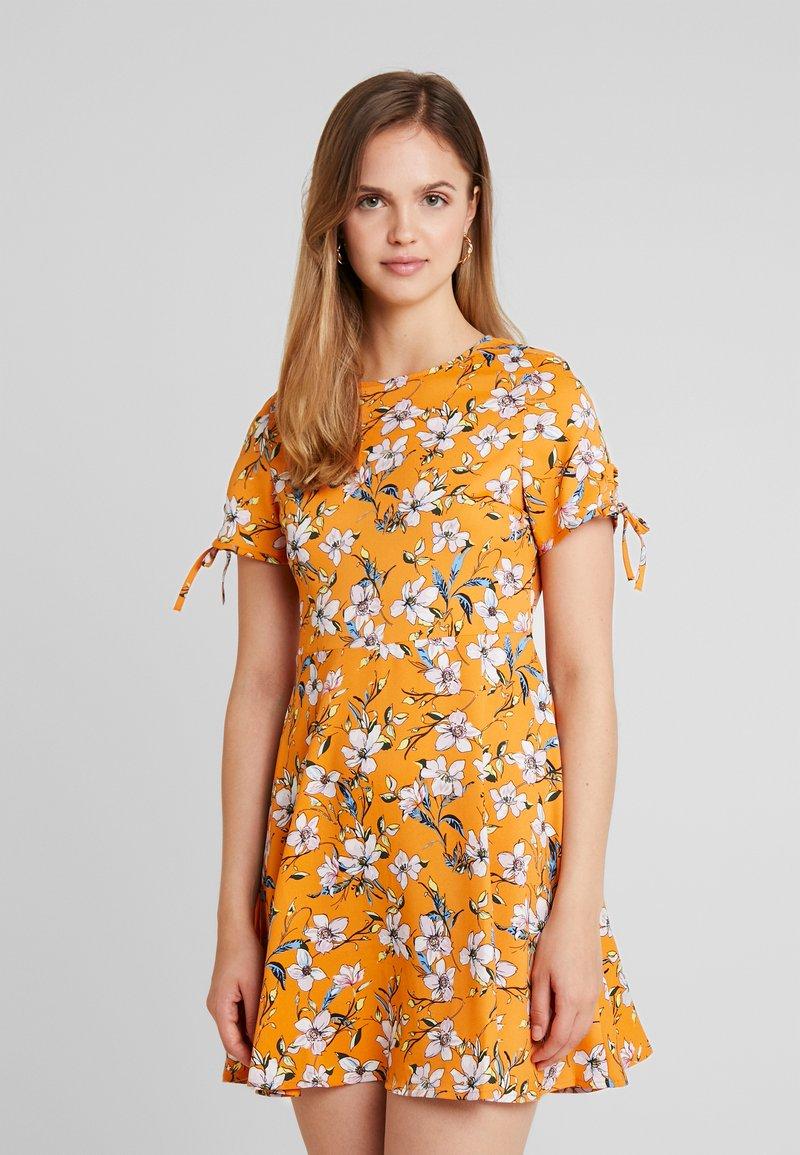 Even&Odd - Vestido informal - white/orange