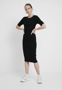 Even&Odd - Denní šaty - black - 0