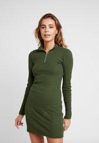 Even&Odd - Denní šaty - khaki - 0