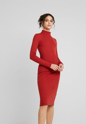 Denní šaty - rust