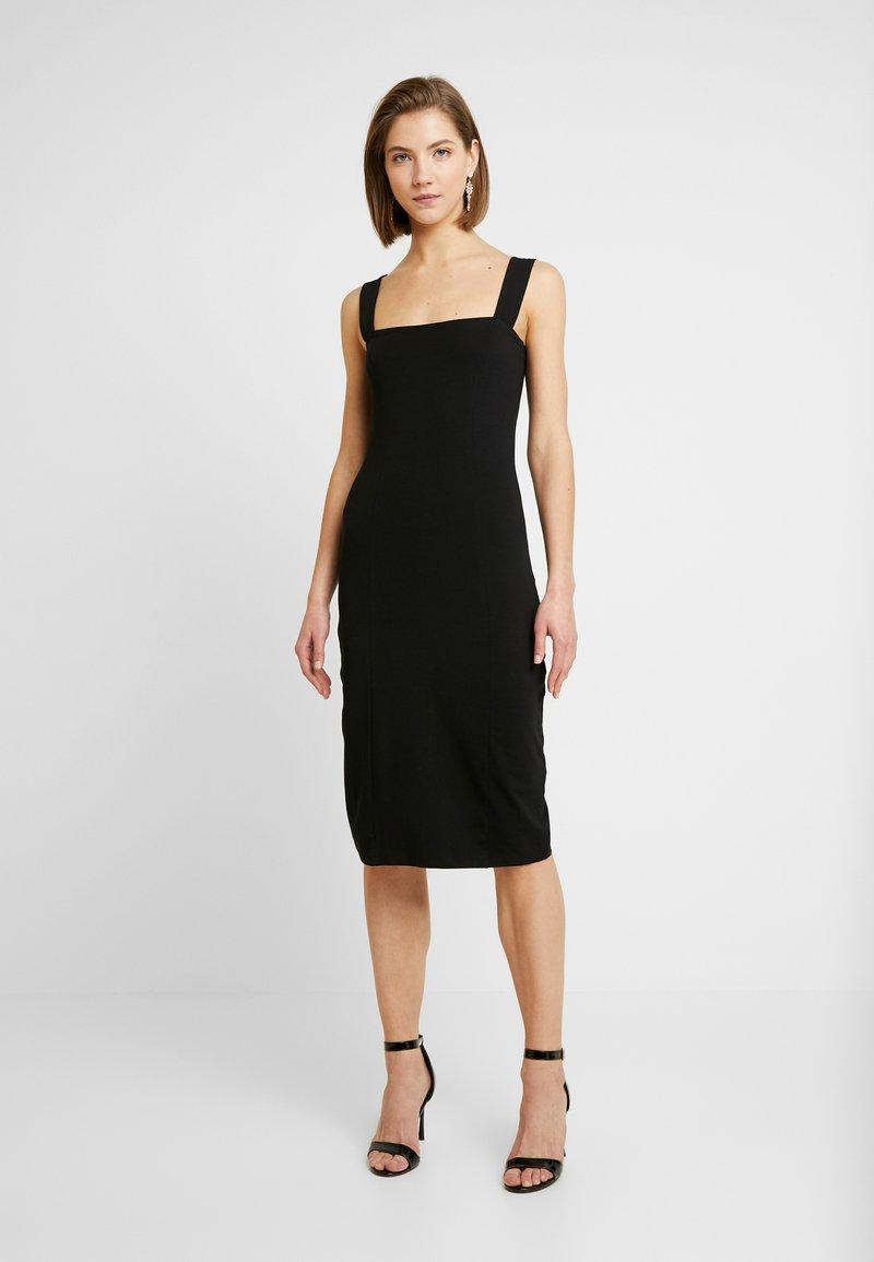 Even&Odd - ETUIKLEID BASIC - Pouzdrové šaty - black