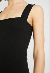 Even&Odd - ETUIKLEID BASIC - Pouzdrové šaty - black - 6