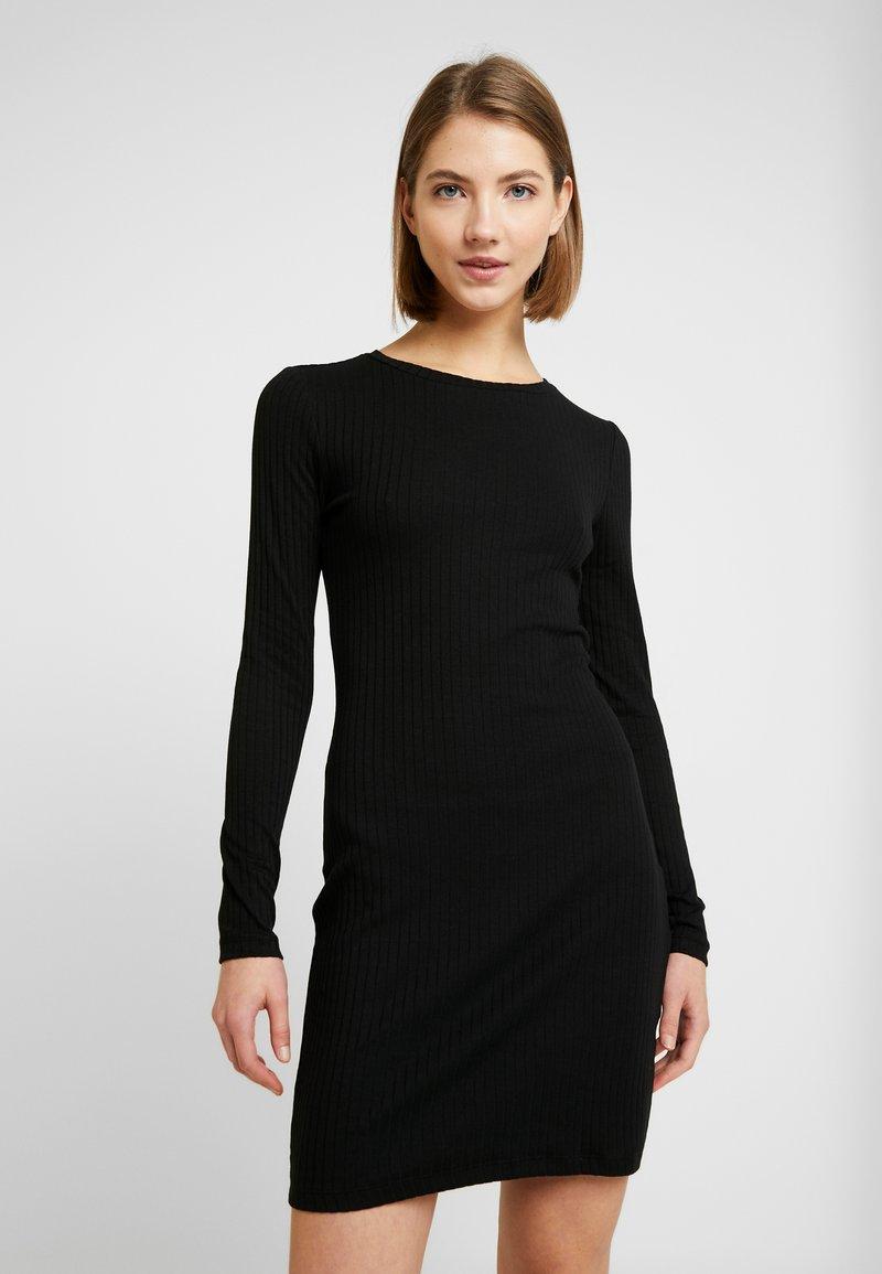 Even&Odd - JERSEYKLEID BASIC - Shift dress - black