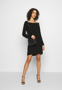 Even&Odd - Abito in maglia - black - 1