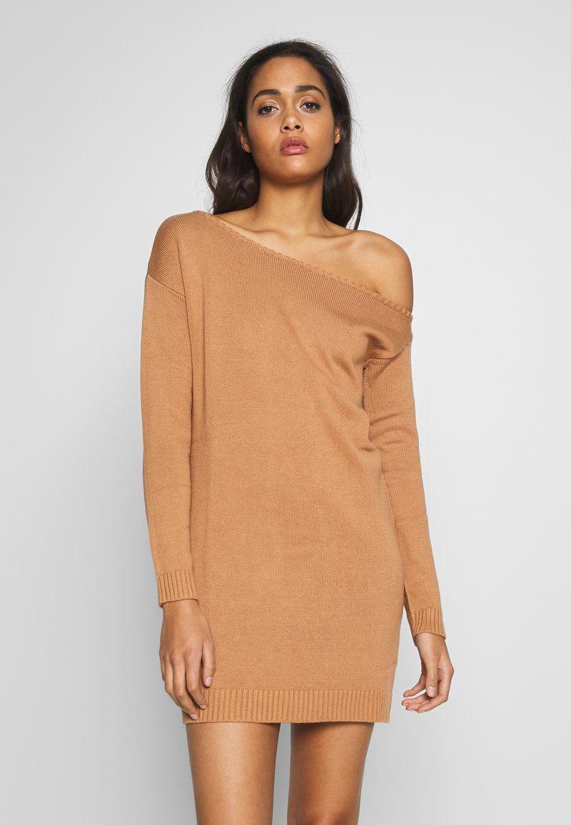 Even&Odd - Stickad klänning - macaroon