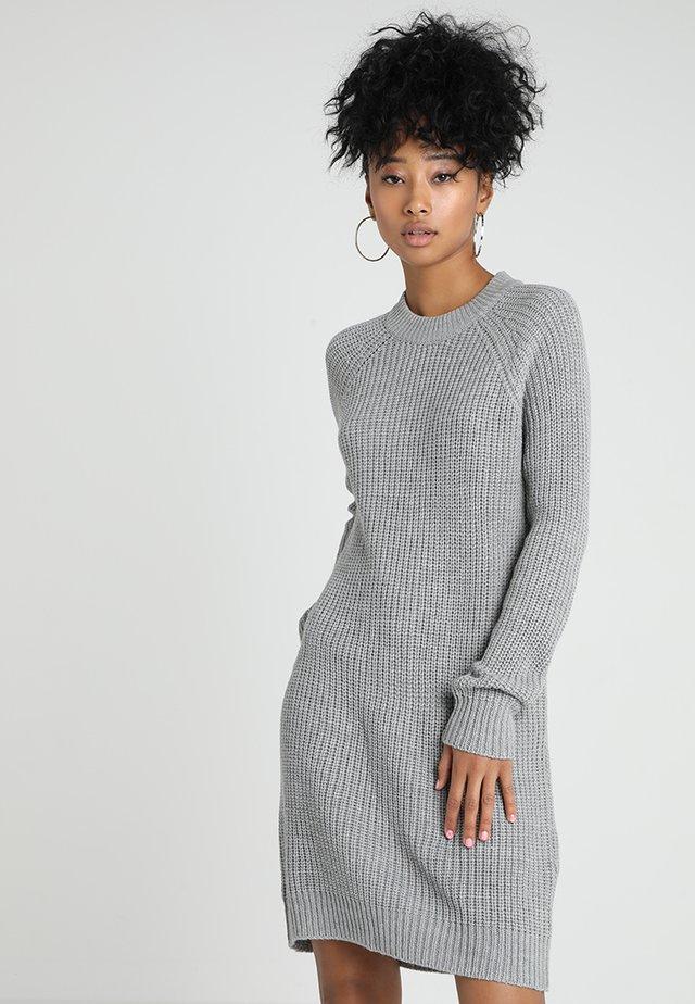 Strikket kjole - mottled grey