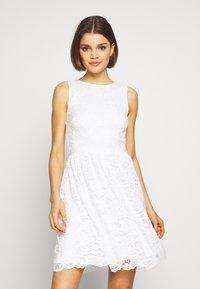 Even&Odd - BASIC OCCASSION MINI DRESS - Koktejlové šaty/ šaty na párty - white - 0