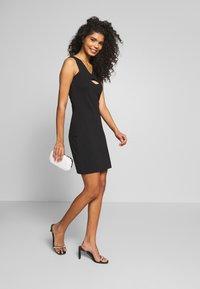 Even&Odd - Pouzdrové šaty - black - 1