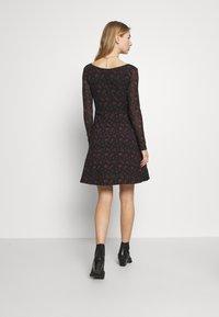Even&Odd - Denní šaty - black/red - 2