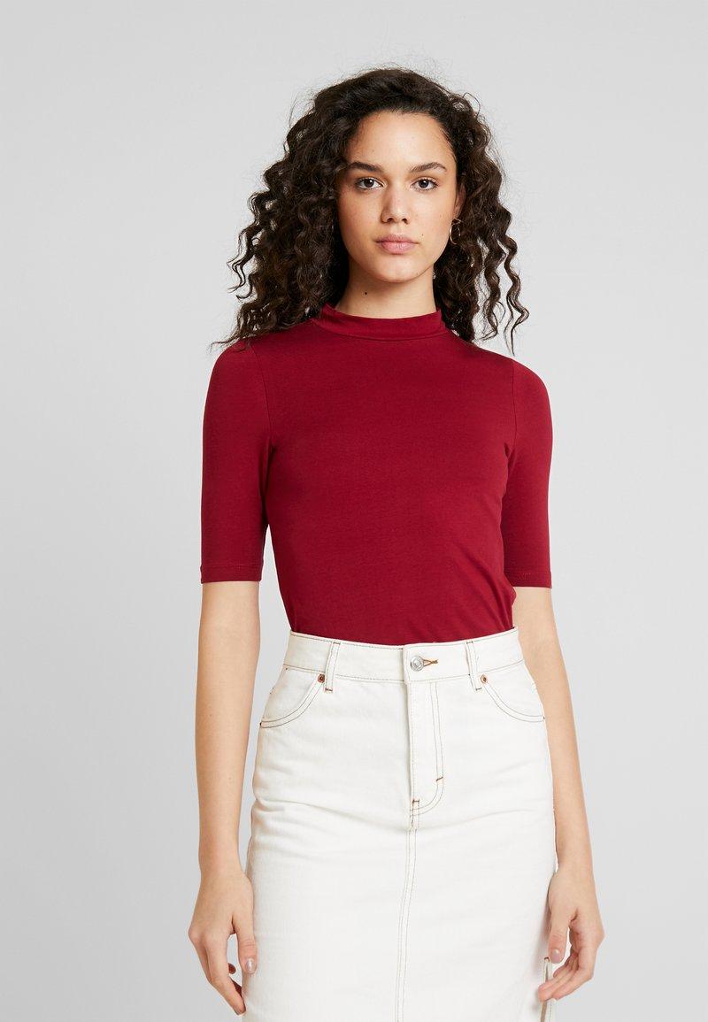 Even&Odd - T-shirt z nadrukiem - red