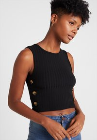 Even&Odd - CROPPED TANK TOP WITH BUTTON DETAIL - Top - black - 0