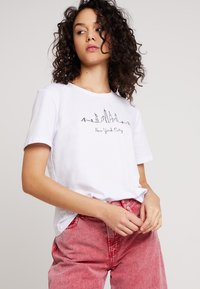 Even&Odd - Camiseta estampada - white - 0
