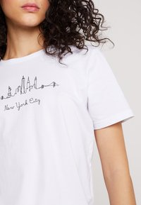 Even&Odd - Camiseta estampada - white - 4