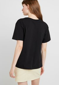 Even&Odd - T-shirt med print - black - 2