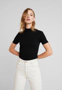 Even&Odd - BASIC - T-shirt imprimé - black - 0