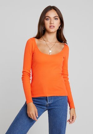 Long sleeved top - mandarine red