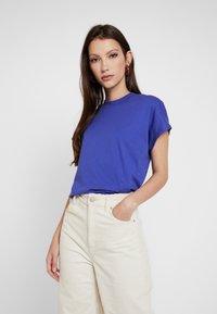 Even&Odd - T-shirt basic - clematis blue - 0