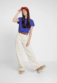 Even&Odd - T-shirt basic - clematis blue - 1