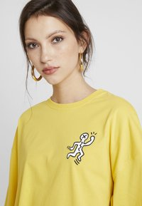 Even&Odd - T-shirts print - ochre - 3