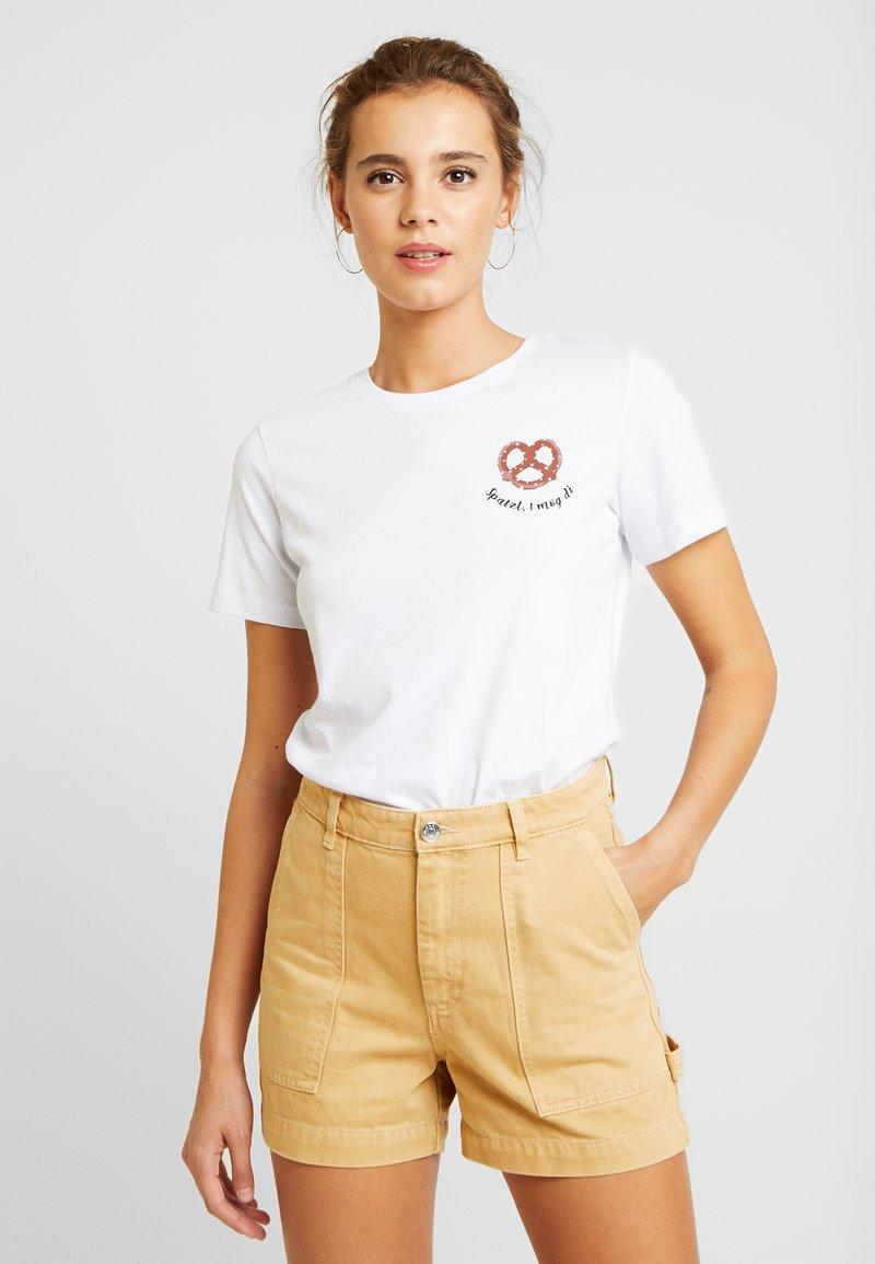 Even&Odd - T-shirt med print - white