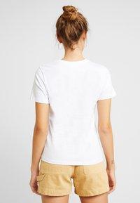 Even&Odd - T-shirt med print - white - 2
