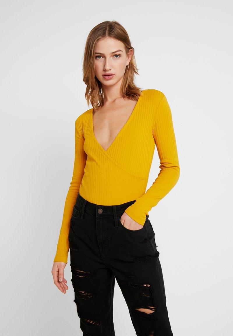 Even&Odd - BODYSUIT BASIC - Pitkähihainen paita - mustard