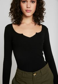 Even&Odd - BASIC - T-shirt à manches longues - black - 4