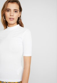 Even&Odd - 2 PACK - T-SHIRT BASIC - T-shirts - white/black - 4