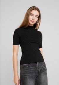 Even&Odd - 2 PACK - T-SHIRT BASIC - T-shirts - tan/black - 2