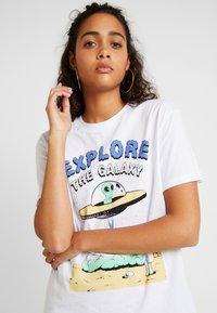 Even&Odd - Camiseta estampada - white - 3