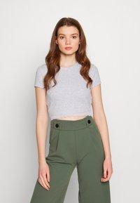 Even&Odd - T-shirts med print - mottled light grey - 0