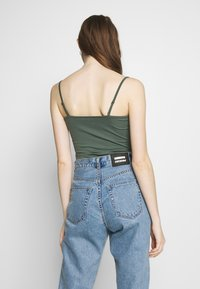 Even&Odd - Top - laurel wreath - 2