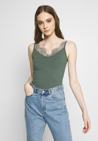 Even&Odd - Top - laurel wreath - 0