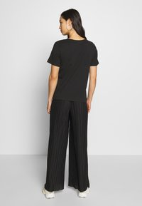 Even&Odd - BASIC ROUND NECK SHORT SLEEVES - T-shirt basic - black - 2