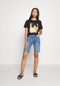 Even&Odd - T-shirt con stampa - black - 1
