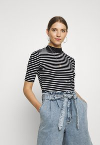 Even&Odd - Camiseta estampada - black/white - 0