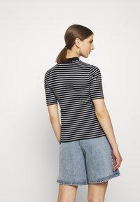 Even&Odd - Camiseta estampada - black/white - 2