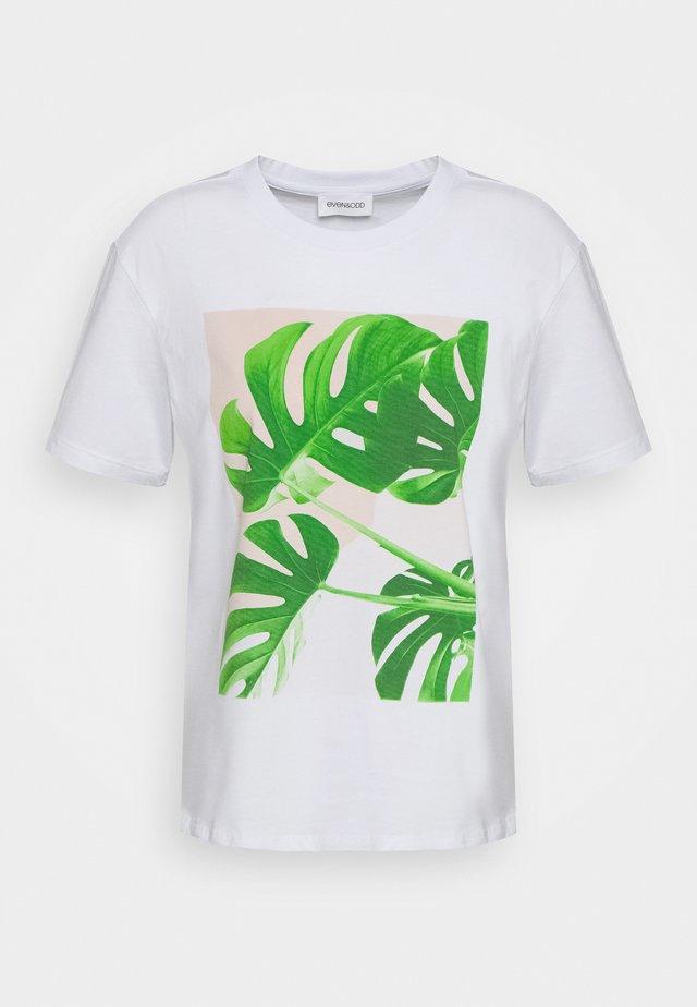 T-shirts print - 001 -