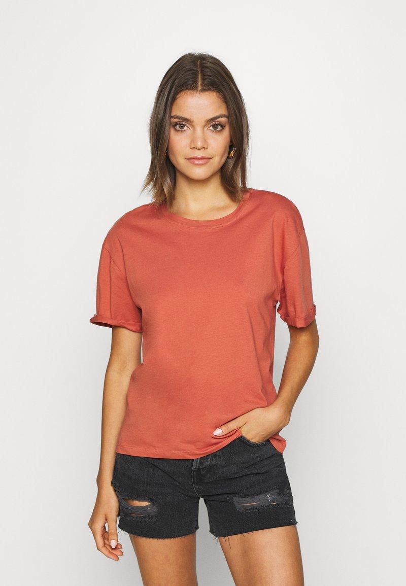 Even&Odd - Basic T-shirt - bruschetta