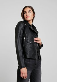 Even&Odd - Imitatieleren jas - black - 0