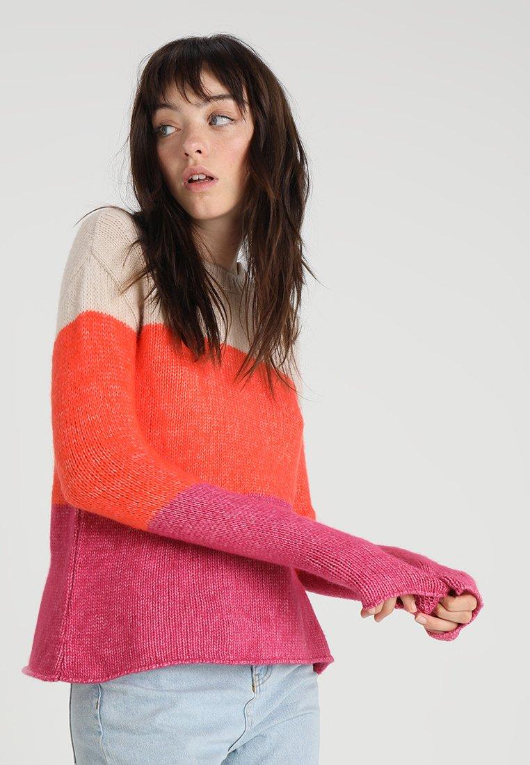 Even&Odd - Jersey de punto - apricot/coral