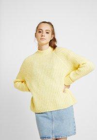 Even&Odd - Strikpullover /Striktrøjer - light yellow - 0