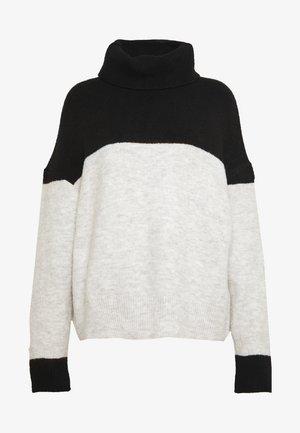 Strickpullover - light grey