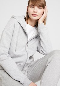 Even&Odd - Sweatshirt - light grey melange - 2